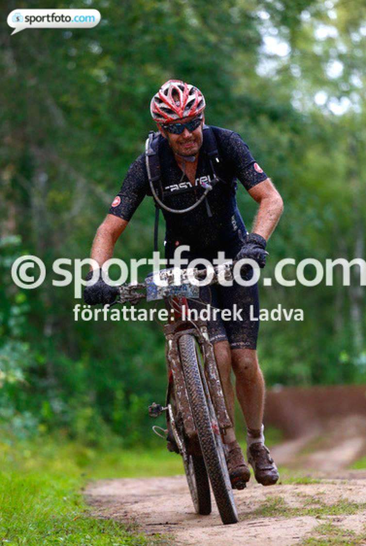 kedja hoppar på cykel